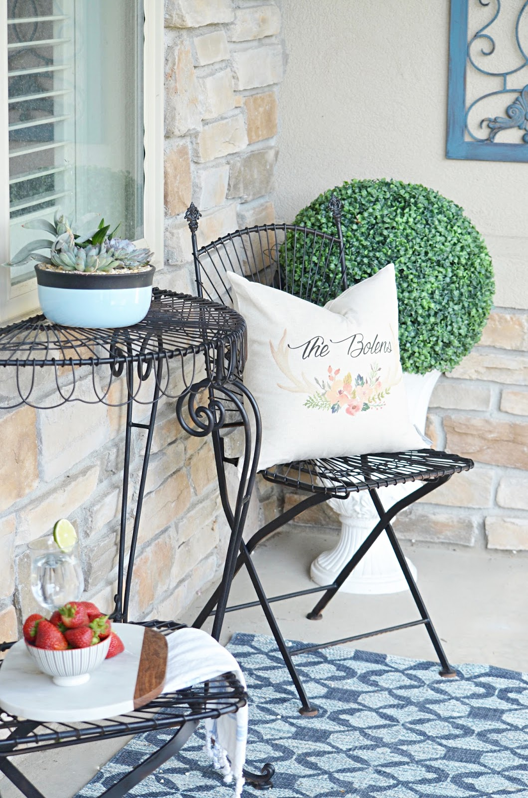 upcycle, patio, patio furniture, outdoor decor, outdoor pillow