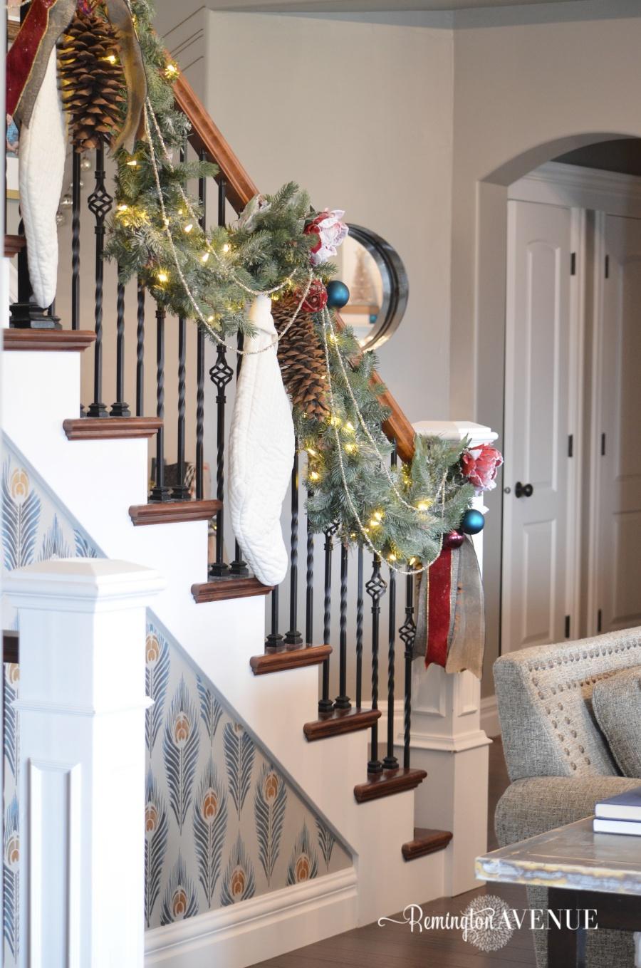 colorful-christmas-home-tour-21