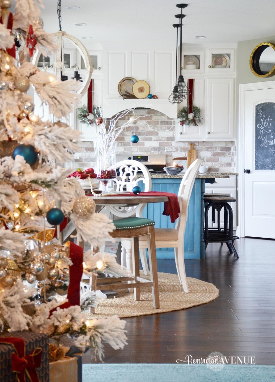 colorful-christmas-home-tour-41
