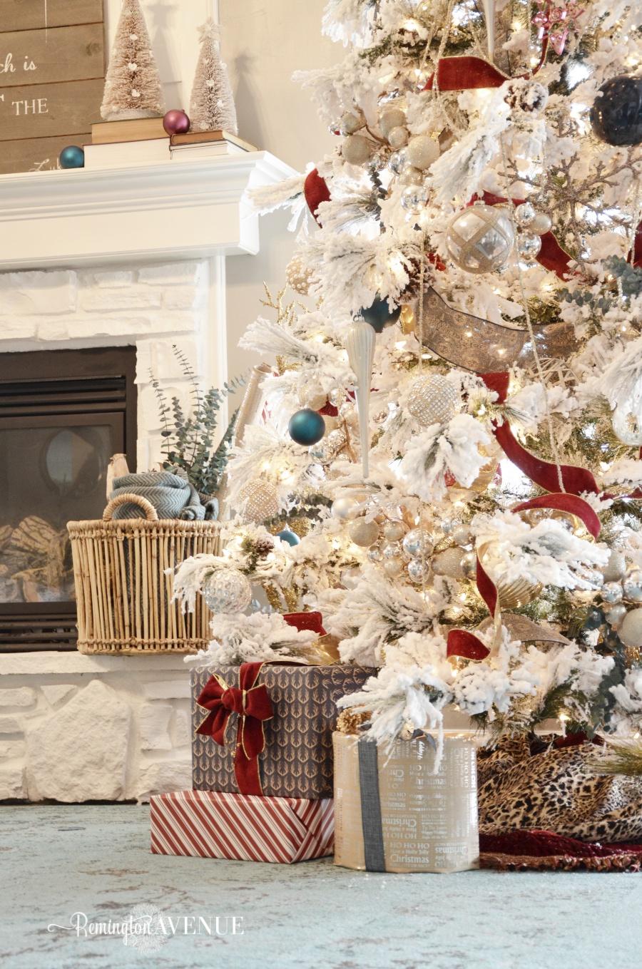 colorful-christmas-home-tour-65