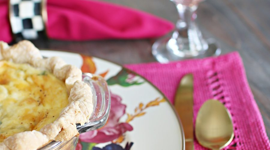 checkered napkin rings, floral plates, summer table ideas, summer dishes, summer brunch setting