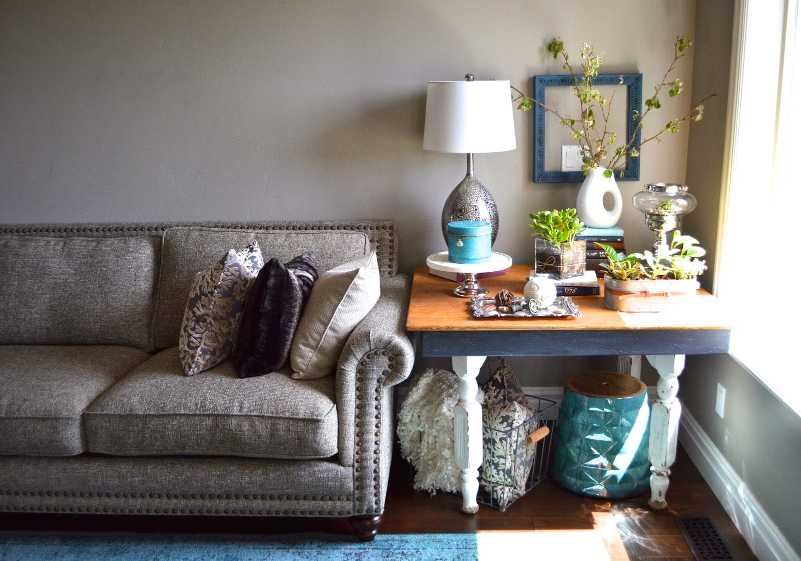 Side Table Styling Tips