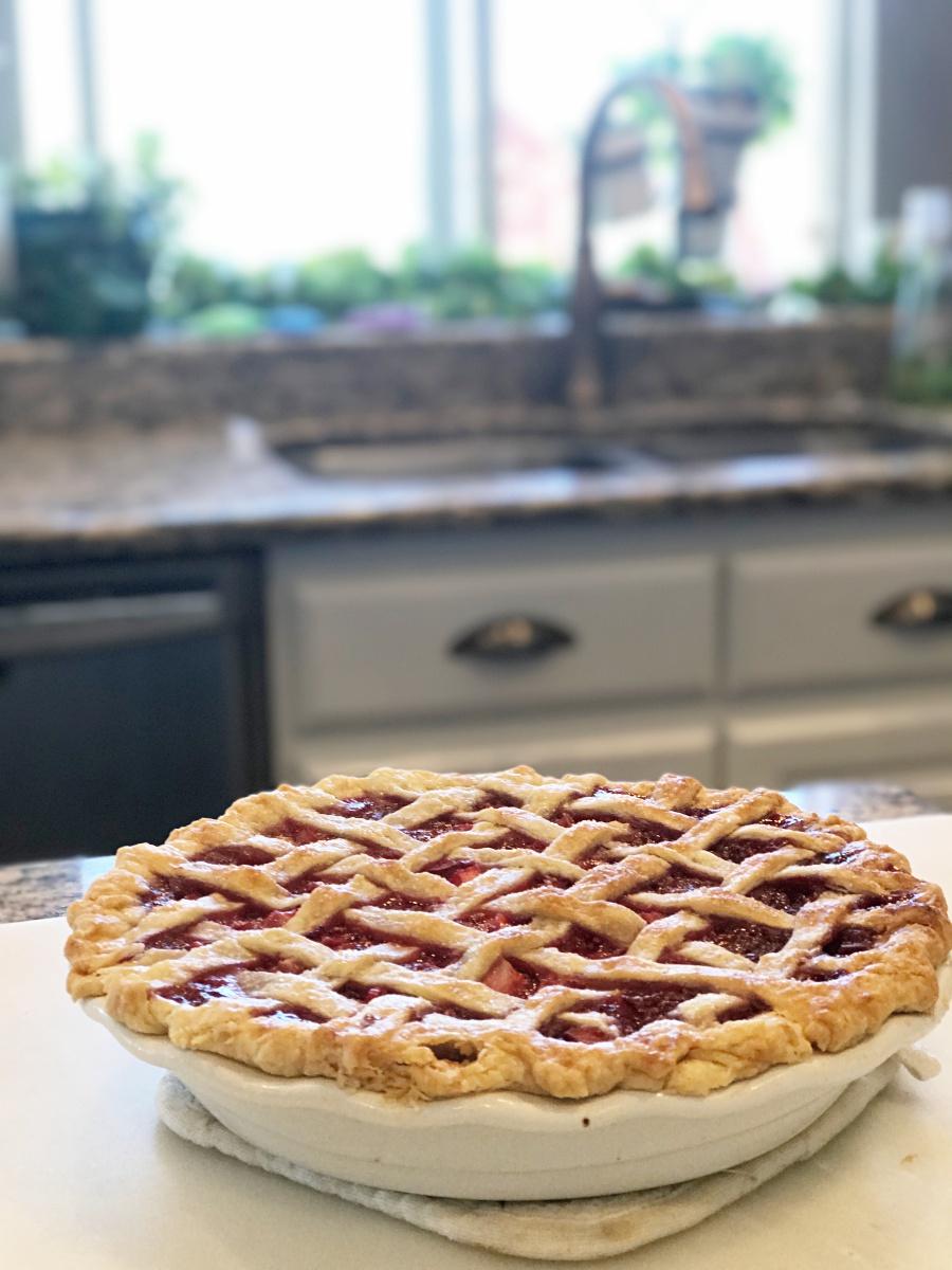 Rhubarb pie, strawberry rhubarb pie recipe, pie recipe, grandmas recipes, berry pie
