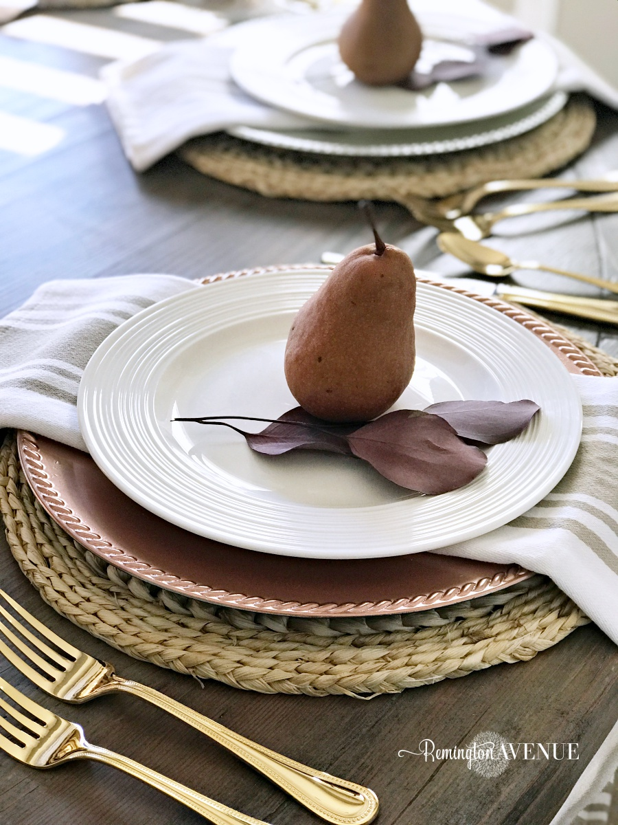 Thanksgiving Entertaining- A harvest Table