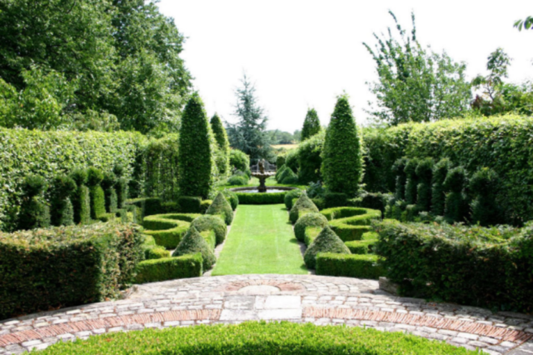 Traditional French Country Garden Design-Yard plans