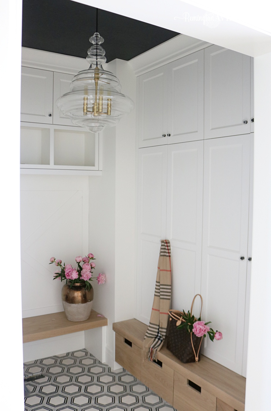 Organized Black And White Mudroom Reveal