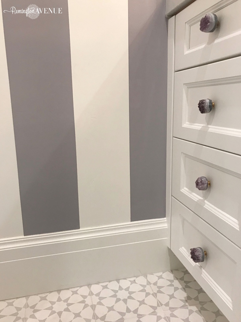 How to paint perfectly straight stripes on your wall