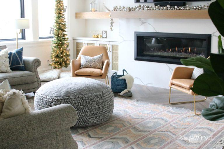 Family friendly Modern Living Room