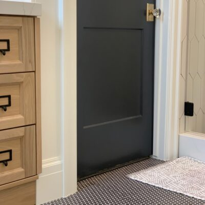 BLACK & WHITE OAK BATHROOM REVEAL