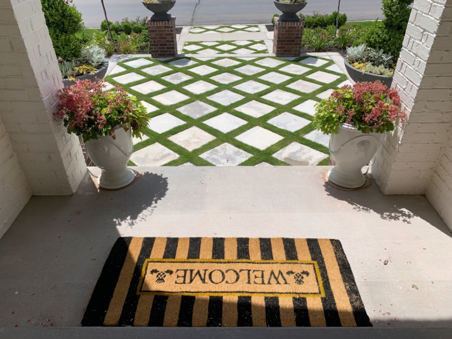 how to paint a patio or porch rug