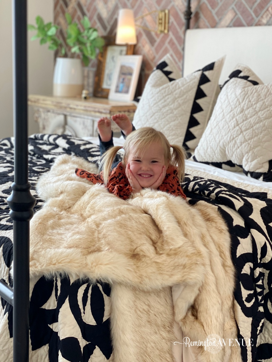 fall bedding with faux fur