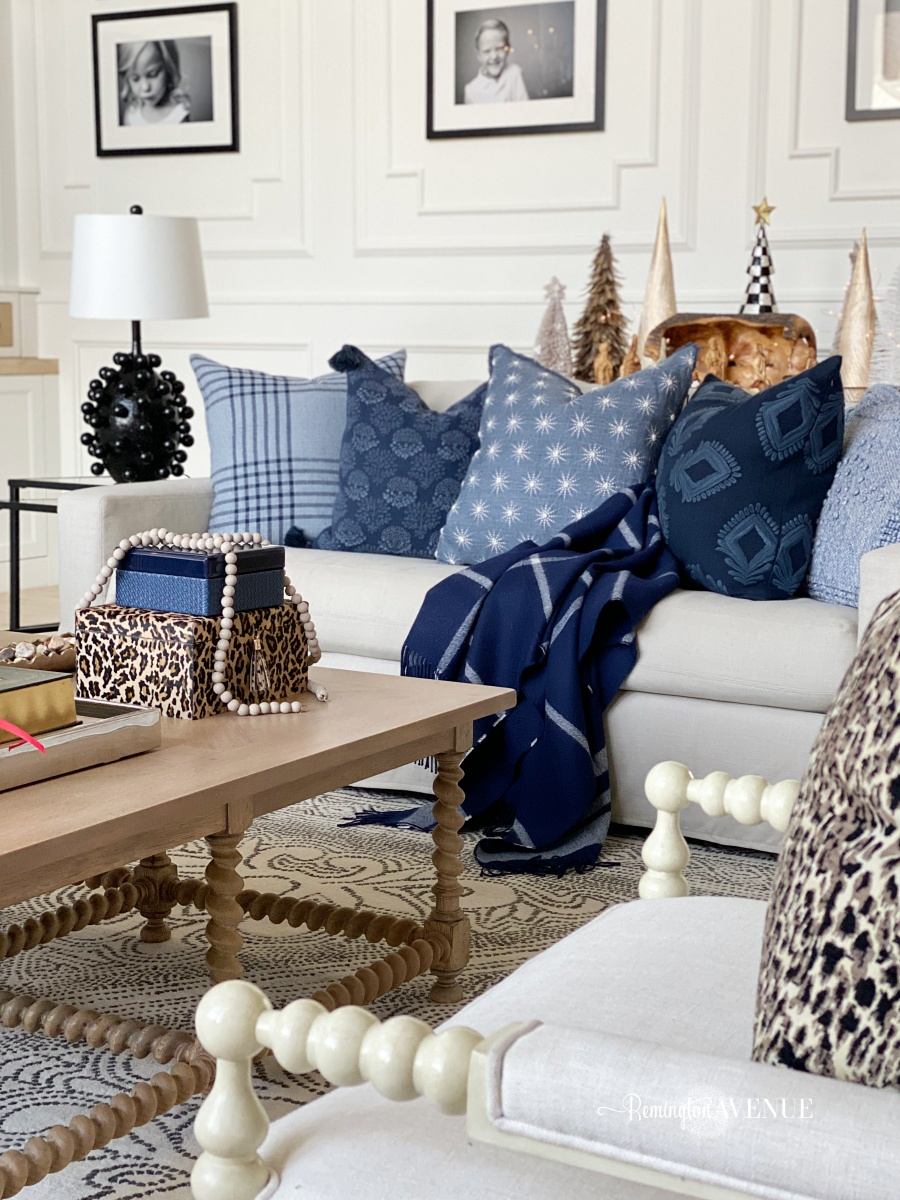 holiday living room with shades of blue