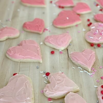 heart shaped valentines sugar cookies