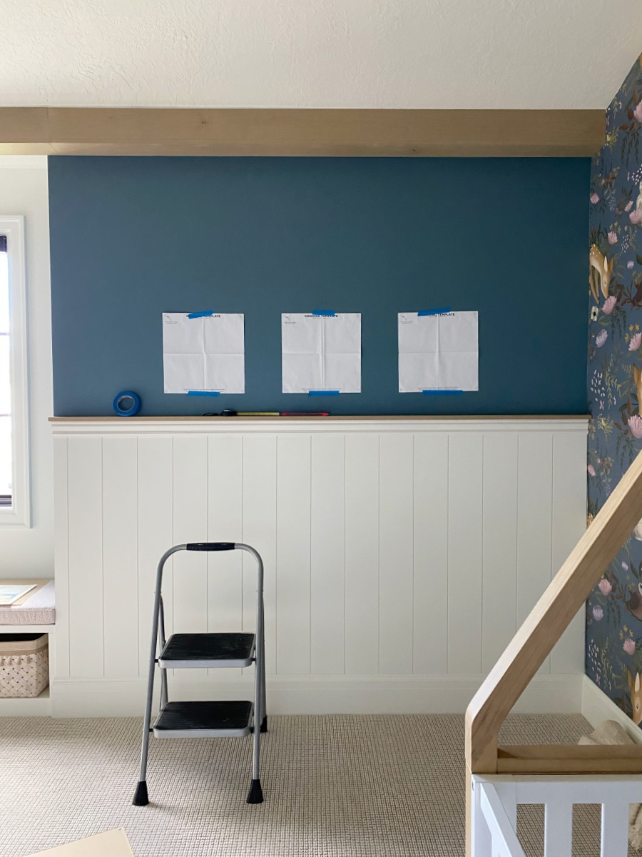 how to hang an art gallery wall