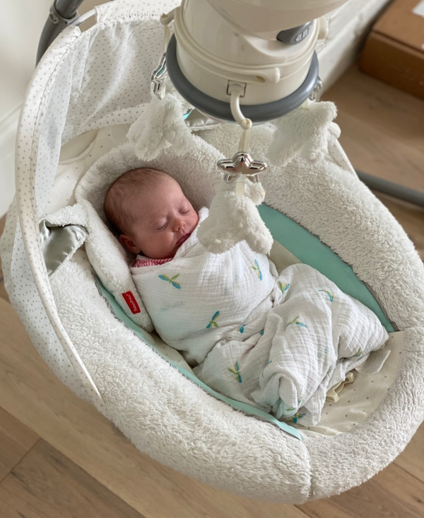 baby must haves - swing
